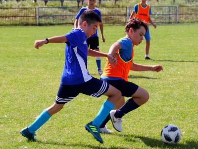 piłkarski obóz szkoleniowy dla LKS Mizerów