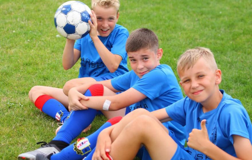 Informacje w sprawie obozu piłkarskiego w Ustce Zachęcamy do zapoznania się z informacjami praktycznymi dotyczącymi wyjazdu na obóz piłkarski w Ustce. więcej